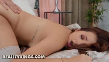 Woman in stockings seduced her married boss