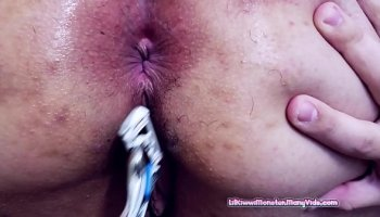 faii orapun nude shower thai model