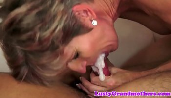 gianna michaels strips down and fucks on the couch